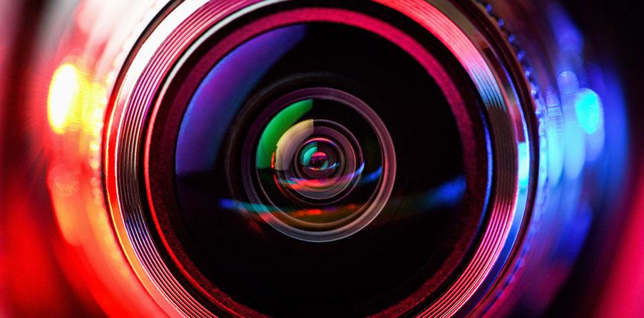Komplettera larmsystemet med en övervakningskamera